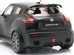 Nissan Juke R 2.0 ano de construção 2016 esteira preto 1:18 AUTOart