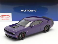Dodge Challenger 392 HEMI Scat Pack Shaker 2018 purple 1:18 AUTOart