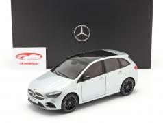 Mercedes-Benz B klasse (W247) Byggeår 2018 iridium sølv 1:18 Z-Models