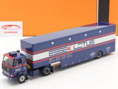 Volvo F89 Race Car Transporter Essex Lotus 蓝色 / 银 / 红色的 1:43 Ixo