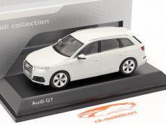 Audi Q7 イヤー 2015 氷河 ホワイト 1:43 Spark