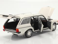 Mercedes-Benz 200 T (S123) Год постройки 1982 белый 1:18 Norev