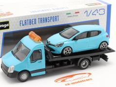 Renault Clio とともに フラットベッドトランスポーター ライトブルー 1:43 Bburago