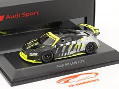 Audi R8 LMS GT2 Presentation Car sort / Grå / gul 1:43 Spark