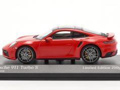 Porsche 911 (992) Turbo S 2020 guards red / silver rims 1:43 Minichamps