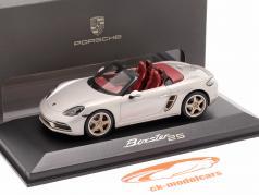 Porsche 718 (982) Boxster 25 Jaren GT zilver metalen 1:43 Minichamps