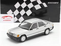Mercedes-Benz 190E Bouwjaar 1982 zilver 1:18 Minichamps