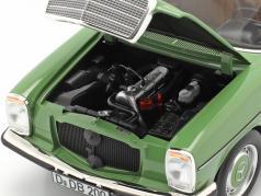 Mercedes-Benz 200 Sedan (W115) Baujahr 1973 grün 1:18 Norev