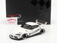 Pandem Toyota GR Supra V1.0 建設年 2020 白い 1:18 TrueScale