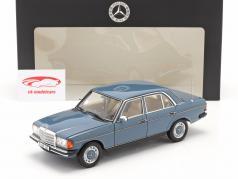 Mercedes-Benz 200 (W123) Ano de construção 1980 - 1985 azul da china 1:18 Norev