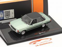 Ford Taunus Ghia Año de construcción 1983 verde claro metálico / negro 1:43 Ixo