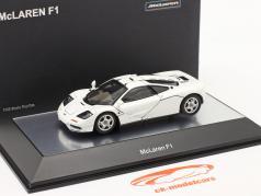 McLaren F1 Road Car 1993-97 white 1:43 AUTOart