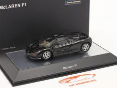 McLaren F1 1993-97 黑色的 金属的 1:43 AUTOart
