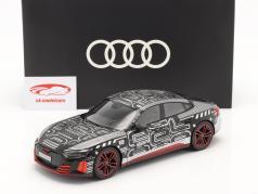 Audi RS e-tron GT voorlopig ontwerp 2021 zwart / rood / zilver 1:18 Norev