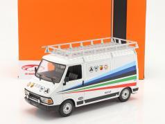 Fiat 242 camioneta Rallye Technic Assistance Fiat Abarth 1980 1:18 Ixo