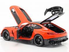 Mercedes-Benz AMG GT Black Series C190 AMG magma Haz 1:18 Norev