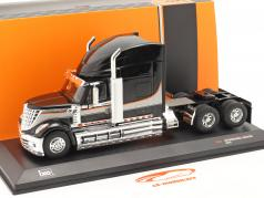 International Lonestar Truck year 2010 black / silver 1:43 Ixo