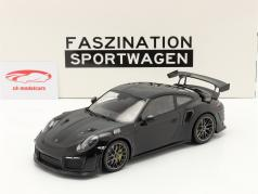 Porsche 911 (991 II) GT2 RS Weissach Package 2018 black / silver rims 1:18 Minichamps