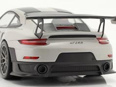 Porsche 911 (991 II) GT2 RS Weissach Package 2018 d'argento / d'argento cerchi 1:18 Minichamps