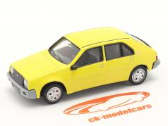 Renault 14 (R14) Byggeår 1976-1982 gul 1:43 Norev