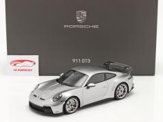 Porsche 911 (992) GT3 2021 GT sølv metallisk med Udstillingsvindue 1:18 Minichamps