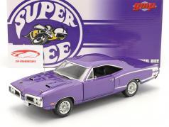 Dodge Coronet Super Bee year 1970 purple 1:18 GMP