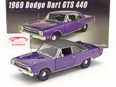 Dodge Dart GTS 440 con vinilo Cima Año de construcción 1969 púrpura 1:18 GMP