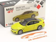 BMW M4 (F82) LHD austin 黄 メタリック 1:64 TrueScale