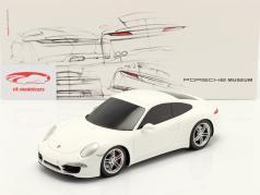 Porsche 911 (991) beeldhouwwerk wit met Showcase 1:18 Spark
