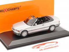BMW 3er Serie (E36) Cabriolet Baujahr 1993 silber 1:43 Minichamps