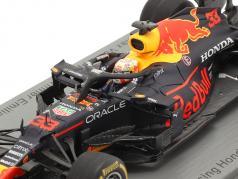M. Verstappen Red Bull Racing RB16B #33 勝者 Emilia-Romagna F1 2021 1:43 Spark
