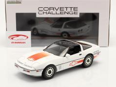 Chevrolet Corvette C4 建设年份 1988 白色的 / 橘子 1:18 Greenlight