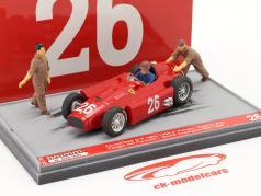 J.M. Fangio / P. Collins Ferrari D50 #26 第二 意大利语 GP 公式 1 1956 1:43 Brumm