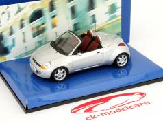 Ford Streetka prata ano roadster 2003 1:43 Minichamps