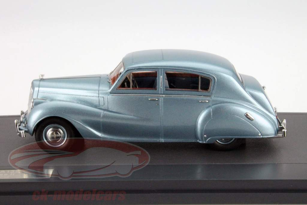 Austin A135 Princess II Year 1950 blue metallic 1:43 Matrix