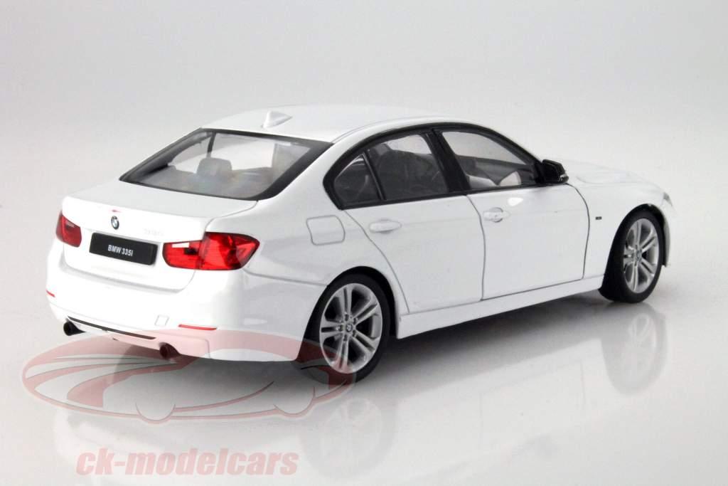 BMW 335i blanco 1:24 Welly