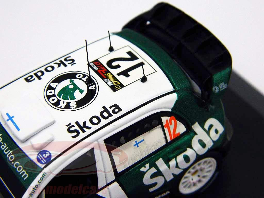 N° 12 Skoda Fabia WRC Rallye de Chypre 2005 1:43 Ixo
