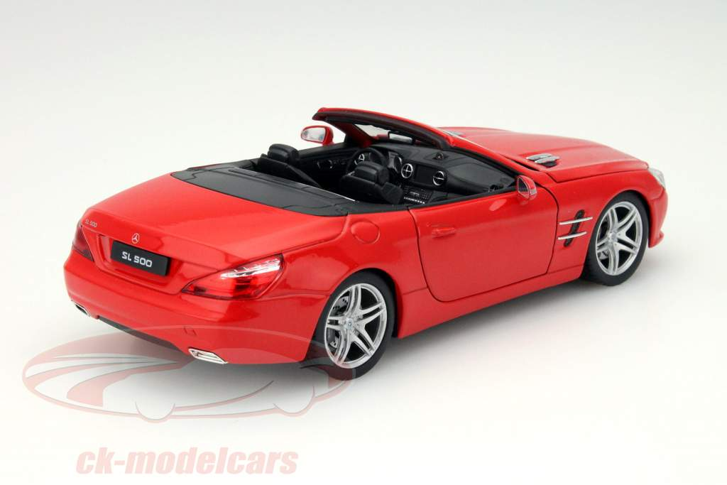 Mercedes-Benz SL 500 Cabriolet År 2012 rød 1:24 Welly