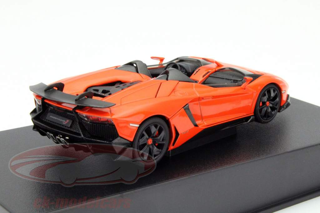 Lamborghini Aventador J Roadster Jaar 2012 oranje / zwart 1:43 AUTOart