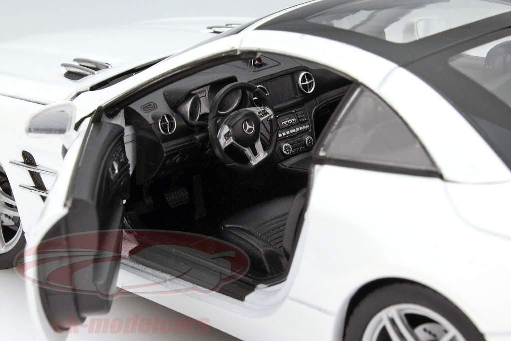 Mercedes-Benz SL 500 jaar 2012 wit 1:24 Welly