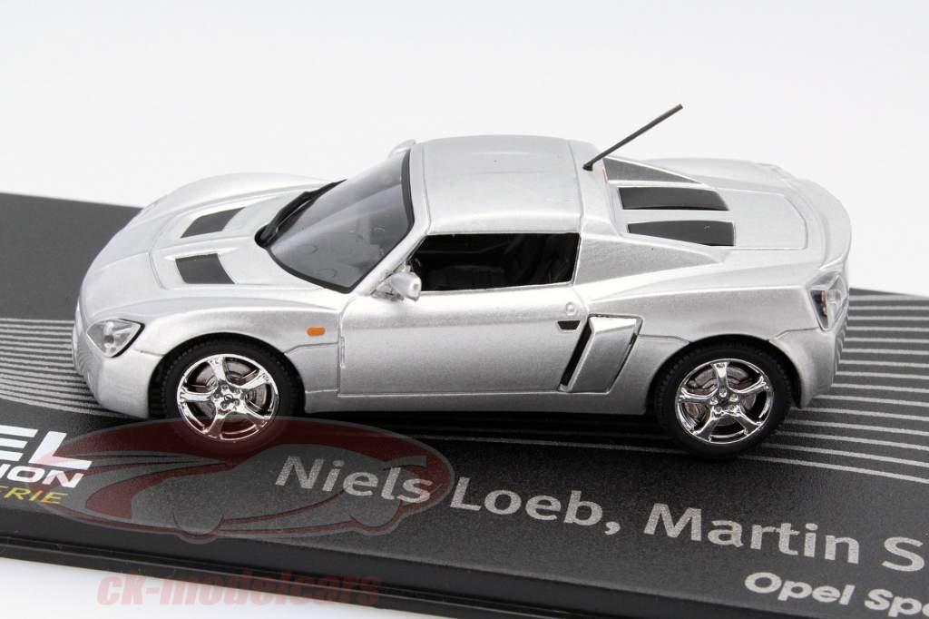 Opel Speedster plata Niels Loeb, Martin Smith 1:43 Altaya