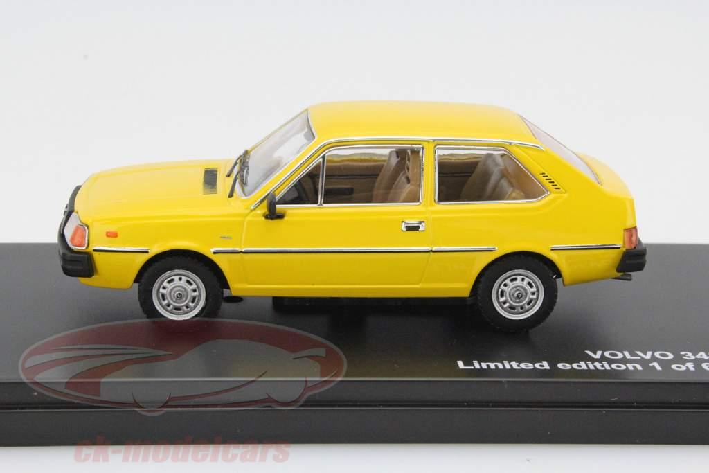 Volvo 343 Year 1976 yellow 1:43 Triple9