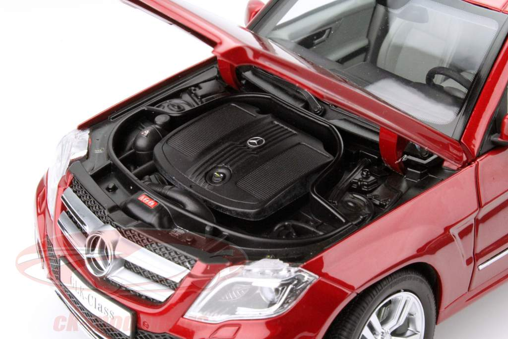 Mercedes-Benz GLK ano 2013 vermelho 1:18 Welly GTA