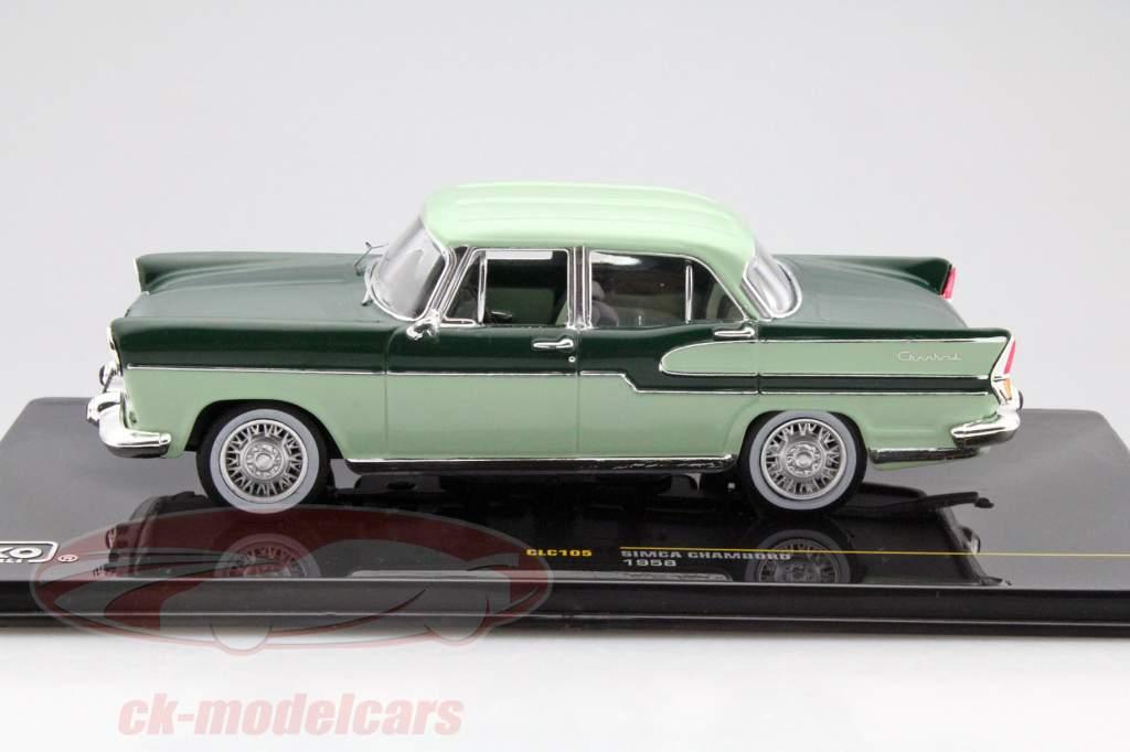 Simca Chambord anno 1958 verde scuro / calce 1:43 Ixo