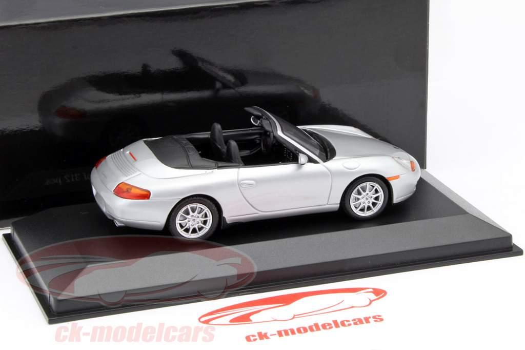 Porsche 911 (996) Cabriolet år 1998 sølv 1:43 Minichamps