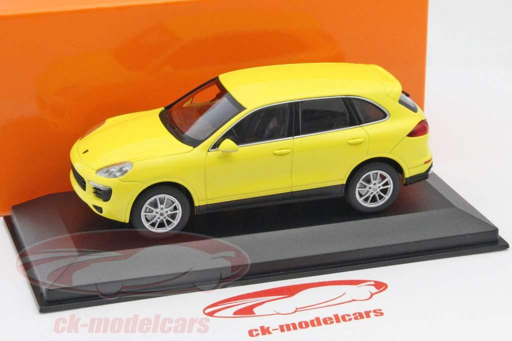 Porsche Cayenne ano 2014 amarelo 1:43 Minichamps