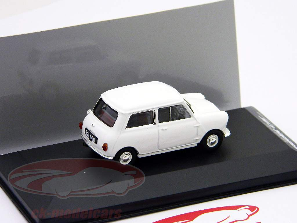 "Morris Mini Minor 1959 Branco ""First Mini to be badged Morris"" 1:43 Ixo"