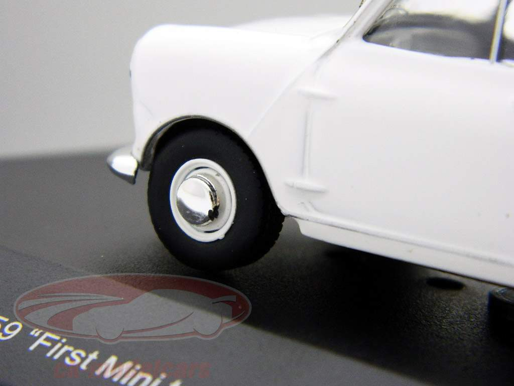 "Morris Mini Minor 1959 hvid ""First Mini to be badged Morris"" 1:43 Ixo"