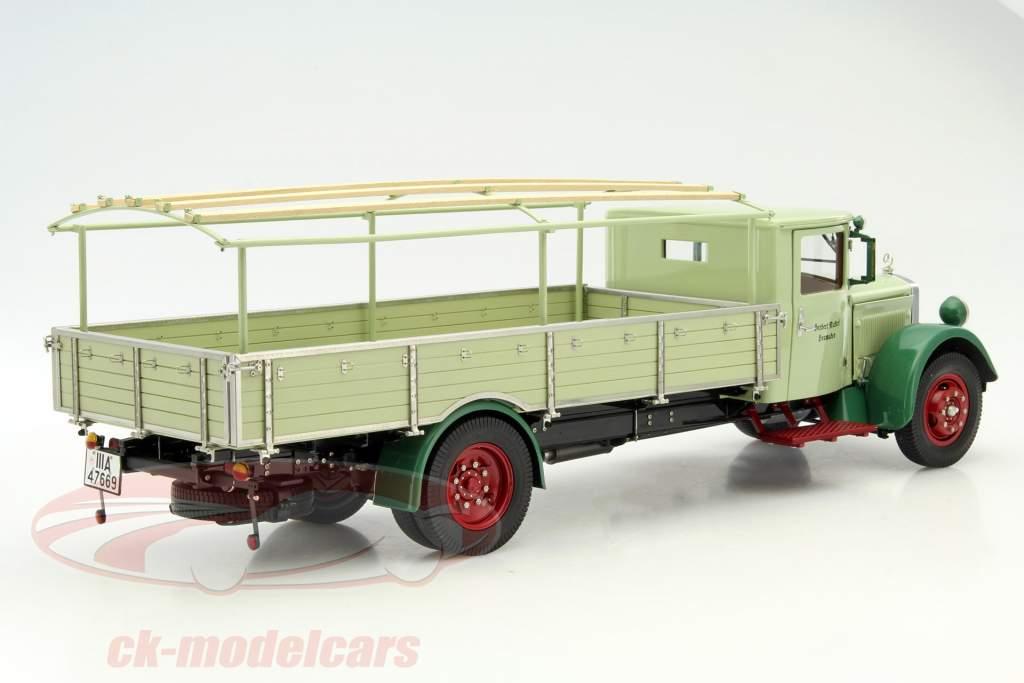 Mercedes-Benz LO 2750 LKW met planstructuur jaar 1933-1936 groen 1:18 CMC