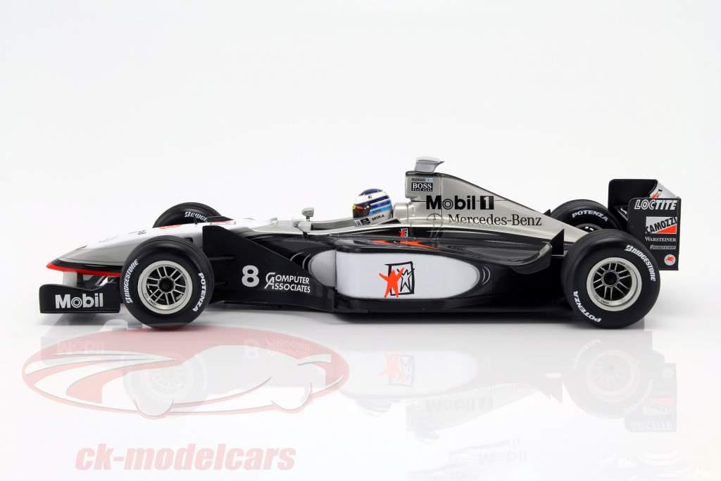 Mika Häkkinen McLaren MP4/13 #8 champion du monde formule 1 1998 1:18 Minichamps